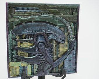 Xenomorph - Relief - Stand or mural - Alien - Giger inspired - Gigantic color effects - watch the video ;-) Free Tracking