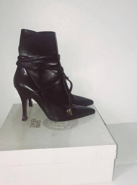 Gianni Versace heel boots // Versace Boots // Vint