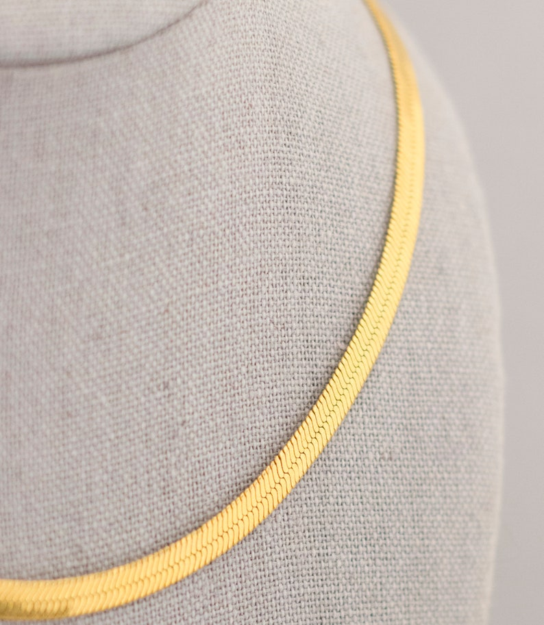 18 Inch Gold Chain Necklace CC1
