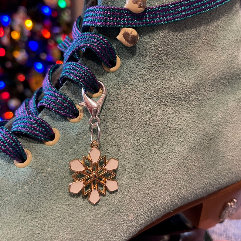 Special Snowflake Roller Skate Lace Charm Accessory