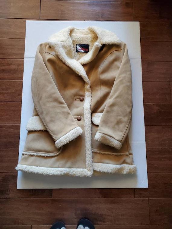 Vintage WIMAN Large Penny Lane Style Coat
