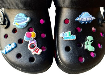 Space shoe charms | Planet shoe charms