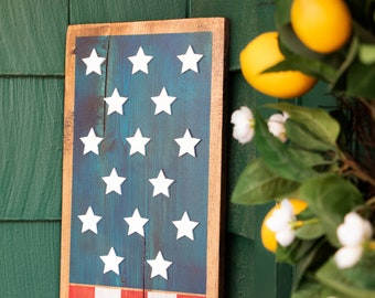 Stars and Stripes Porch Leaner | American Flag Porch Leaner | Patriotic Rustic Porch Decor | 4th of July Independence Day Decorations