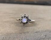 Moonstone Flower Silver Ring Power Boho Hippie ring Birthstone Gemstone Jewelry Handmade Valentine