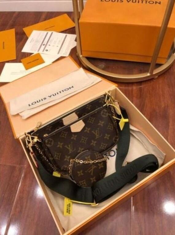 Lоuiis Vuitоn Multi Pochette Accessoires Mоnоgram Canvas Handbags Crossbody Active