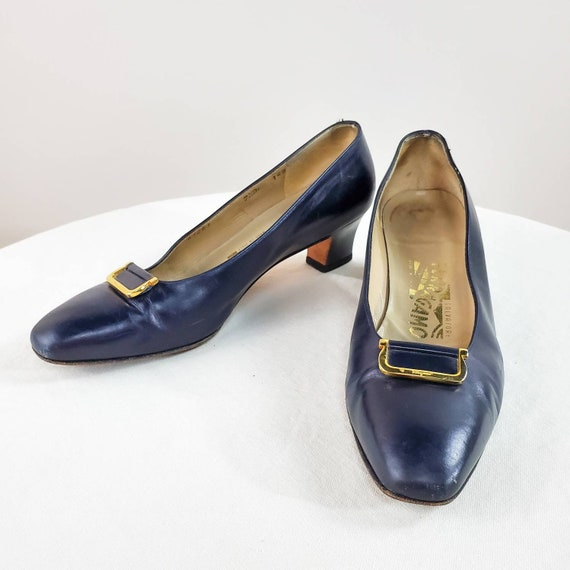 Ferragamo Navy Pumps