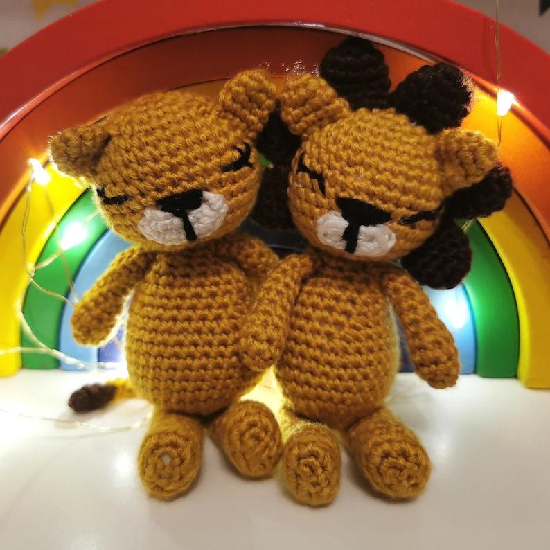 crochet pattern PDF Sunflower the sleepy lion amigurumi pattern