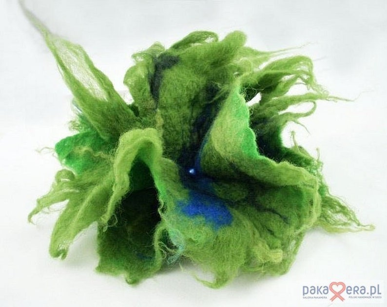 Green felted flower brooch Fairy Brooch Forestfashion
