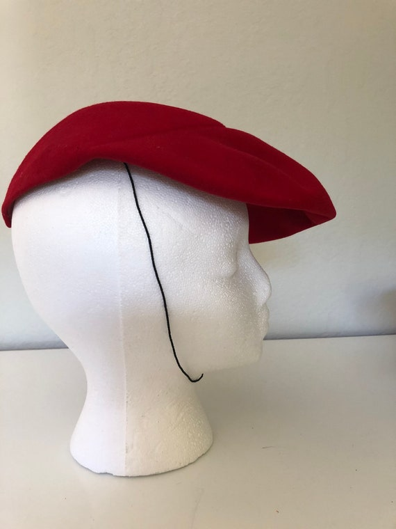50's Red beret