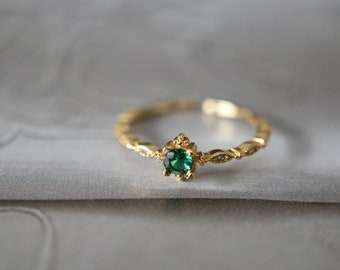 18K Gold Plated Sterling Silver CZ Crystal Simulated Green Emerald Ring, Adjustable Stone Ring, Dainty Delicate Ring*R023 *