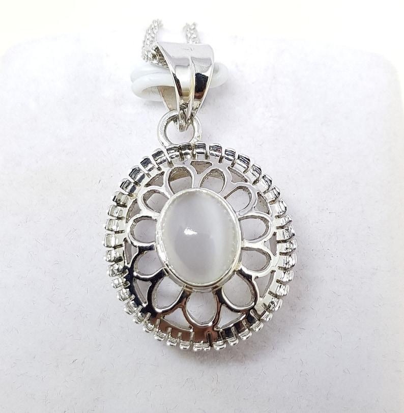 Natural Moon Stone 925 Silver Pendant June Birthday Stone Pendant Handmade Moon Stone Silver Necklace Beautiful Work Pendant Christmas Gift