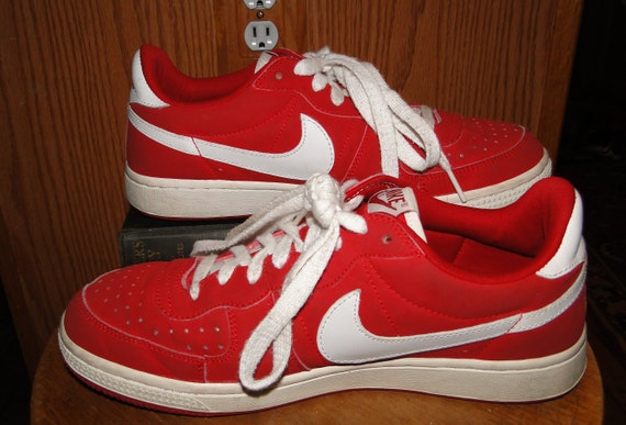 Red Nikes Shoes Unisex Legend Varsity Sneakers Red
