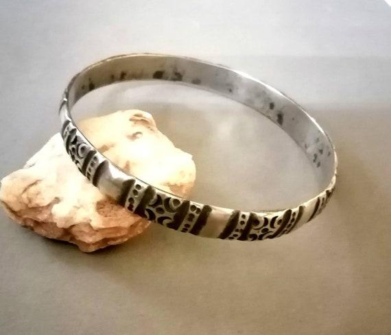 Berber jonc bracelet, ethnic handmade silver jewel