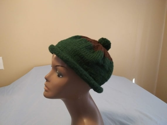 23 Knitted Hat