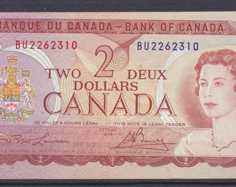 CANADA vintage 2 dollar bill 1974  NEAR UNCIRCULATED condition, signed Lawson Bouey, Q.E & Coat of Arms, genuine Bank of Canada issue