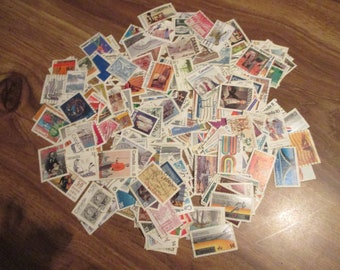 300 CANADA DIFFERENT (large size 99%) used spans 1964-79 includes nice sets and better singles, homemade