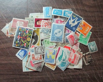 ROMANIA USED STAMPS large & small, older to modern, ideal for collecting, collage, mostly different choose quantity from 50-300
