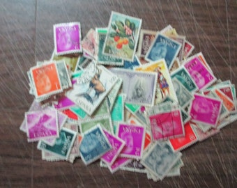SPAIN used STAMPS, ideal for scrapbooking, collage,about 100 mixed /ESPAGNE 100 apx timbres oblitérés