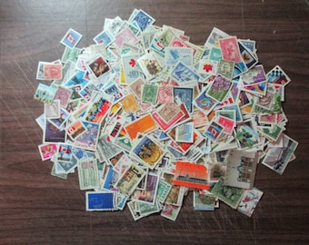500 CANADA DIFFERENT 65% wide stamps used spans from 1900-2004/ Canada obliterated, 500 different 2/3 large covers from 1900-2004
