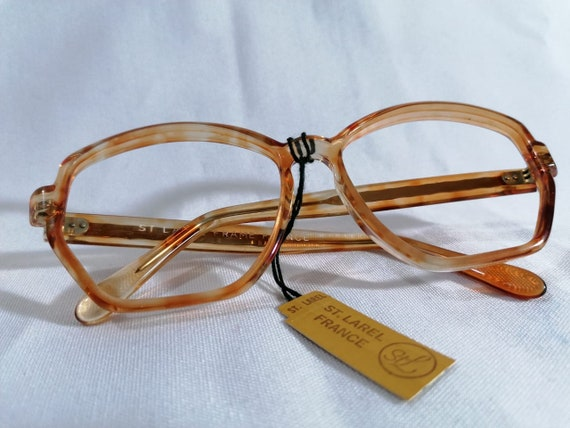 Armazon Frances for Lenses