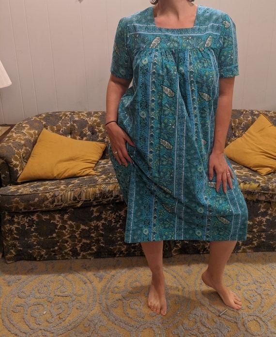 Saybury retro house dress large