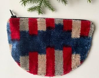 Silk Velvet Bag Uzbek Velvet Handwoven Pouch with tassel luxury Purse Silk Handmade Ikat Bag