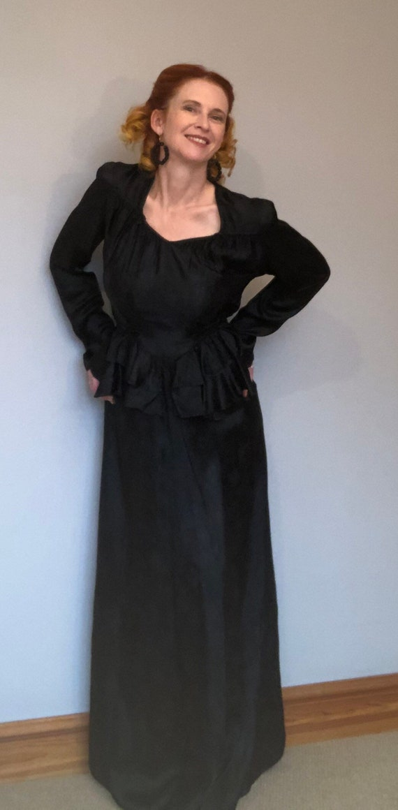 Vintage 1940s 40s Long Satin Black Evening Dress w