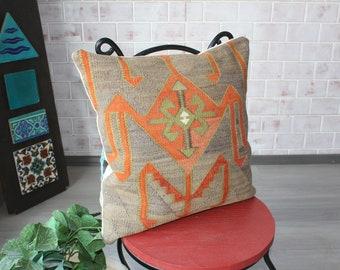 Vintage Kilim Pillow, Kilim Cushion Cover, Ethnic Pillow Case, Bohemian Pillow Cover, Gray Kilim Pillow / P-2507 / 20X20