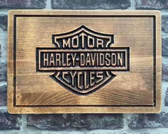 Harley Davidson beech and cutting presentation board (CNC engraving)