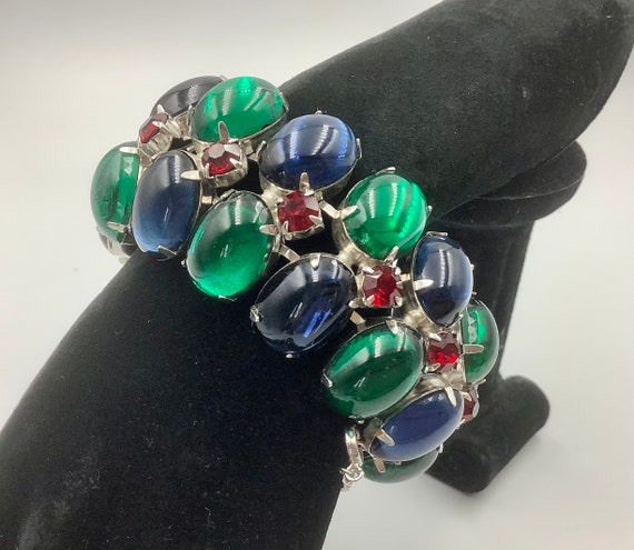Stunning bold Cabochon  bracelet from the 1960s