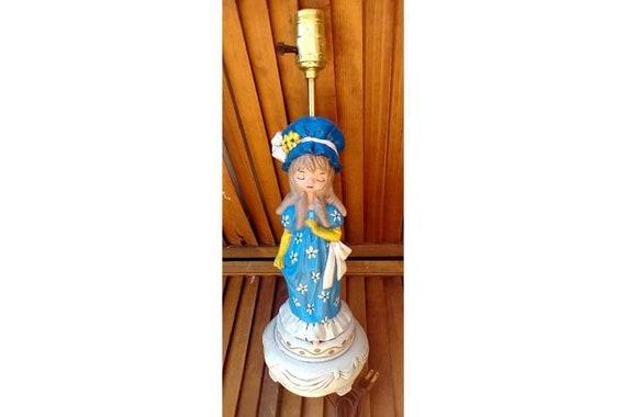 Vintage AtLantic MoLd Lamp. BLue Dress and Bonet Lady /1970's Vintage TabLe Lamp/ Vintage Kids Lamps
