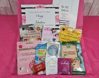 Spa Gift Box Friend Birthday Gift, Pink Self Care Pamper Package Cheer Up Letterbox Mani Pedi Face Hair