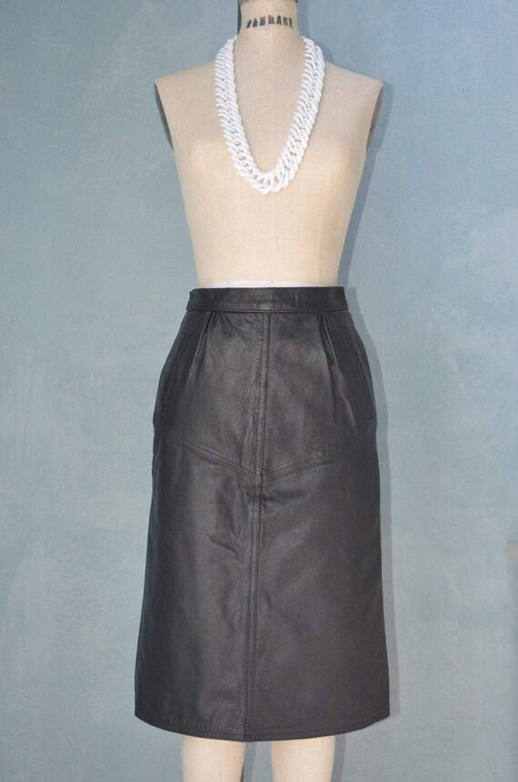 80S Italian Black Leather Pencil High Waisted Skir