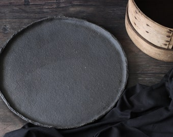 Ceramic Pizza Plate | Black Pizza Board Made by Hand | Pizza Dish for Food Photography | Pizza Serving Plate | Matte Black Serving Dish