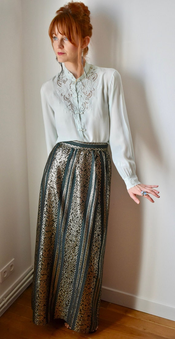 Vintage Gorgeous Silk Embroidered Blouse