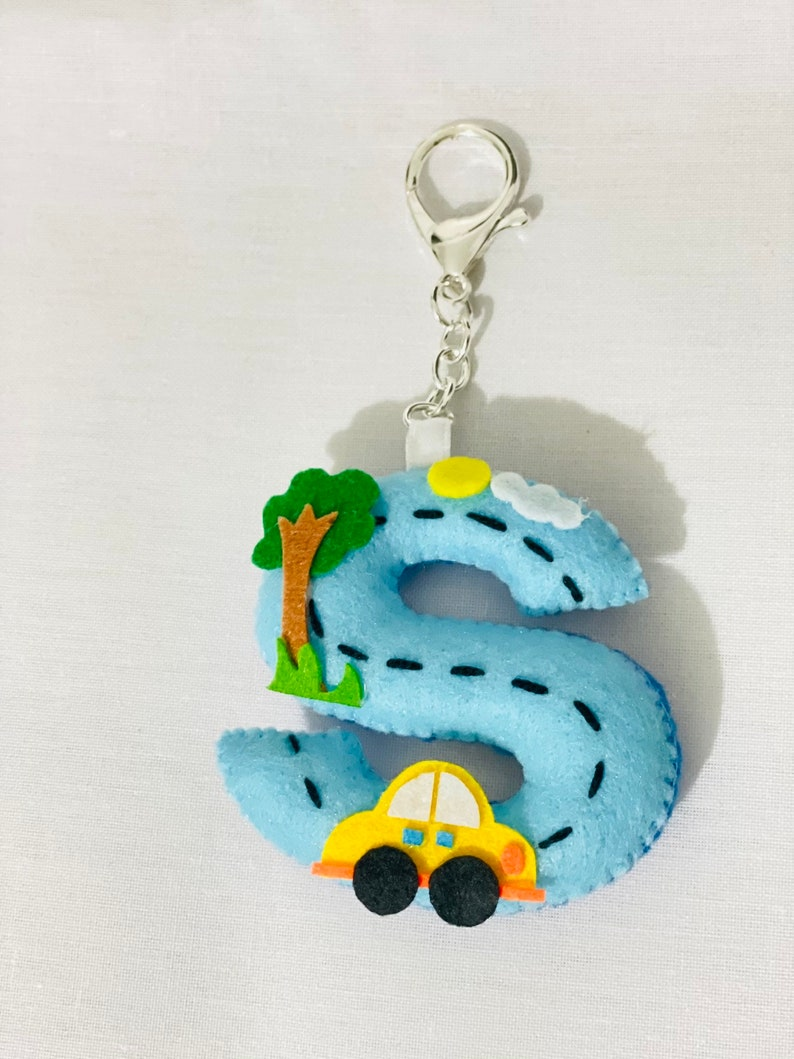 Monogram Alphabets Ornament Felt Letter Keyring Zipper Charm Handmade Small Gift Felt Key Chain Key Fob Bag Charm Key Tag