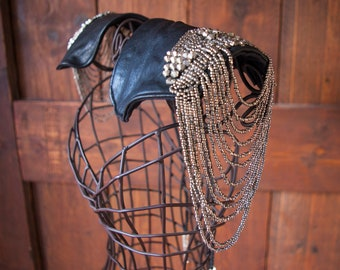 Leather Shoulder Piece with Epaulettes | Suede Leather Shoulder Archer Jewelry | Body Chain Accessory|Vikings | Halloween | steampunk celtic