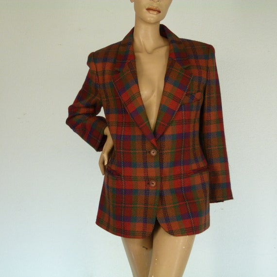 vintage Scottish jacket red red and green 100% woo
