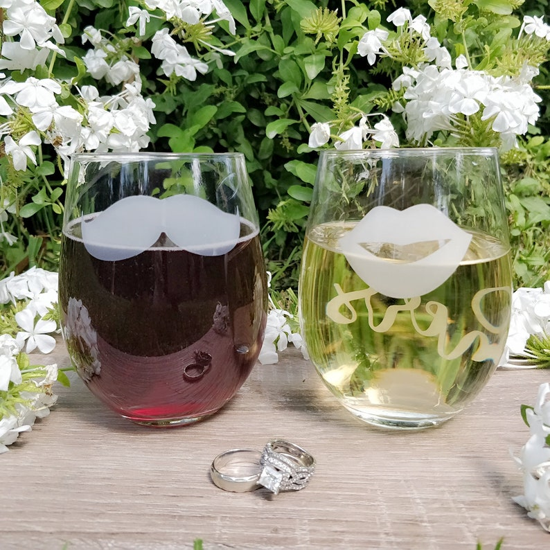 Etched Gift Couples Wedding Anniversary Engagement Bridal Birthday Mr and Mrs His and Hers Mustache /& Lips Stemless Wine Glass Set of 2