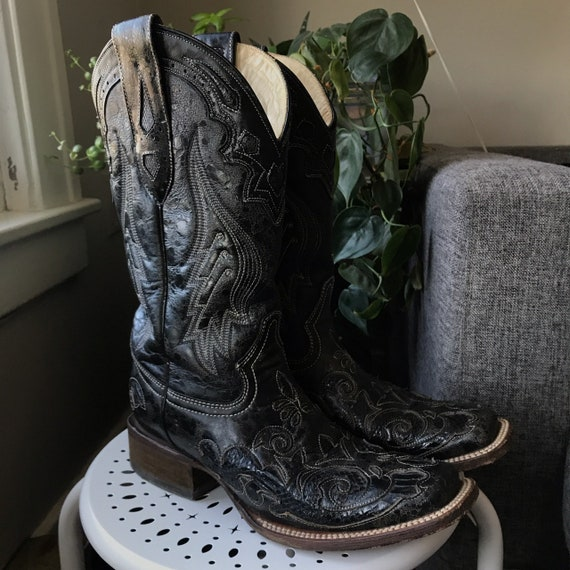 Coral Vintage Cowboy Boots Size 7 - image 1