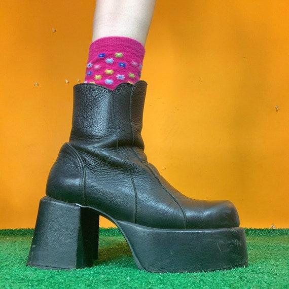 platform chunky bratz boots