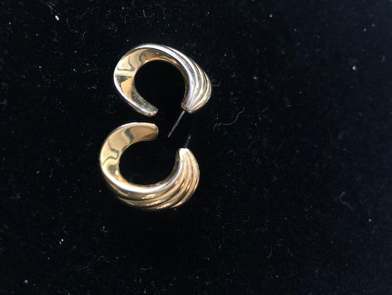 Vintage Monet 70's stud loop earrings - image 4