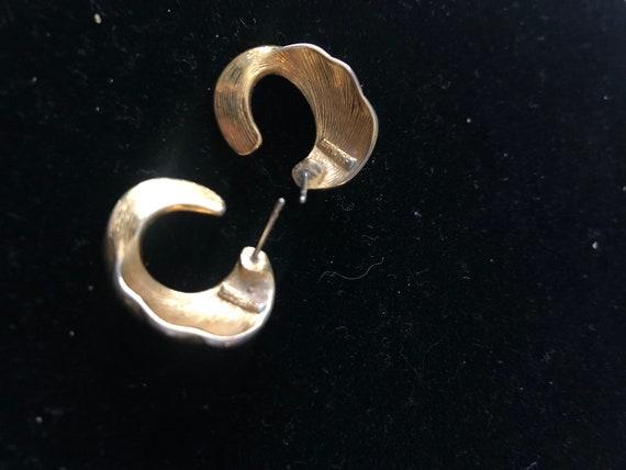 Vintage Monet 70's stud loop earrings - image 5