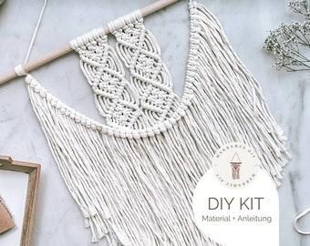 "DIY Kit Macrame Wall Hanging ""Inga"", Macrame DIY Kit incl. Video | free mini macrame & instructions| Gift, Wall Decoration, Boho"