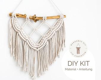 "DIY Kit - Macrame Wall Hanging ""Gemma"", Macrame DIY Kit incl. Video | free mini macrame & instructions | Gift, Wall Decoration, Boho"