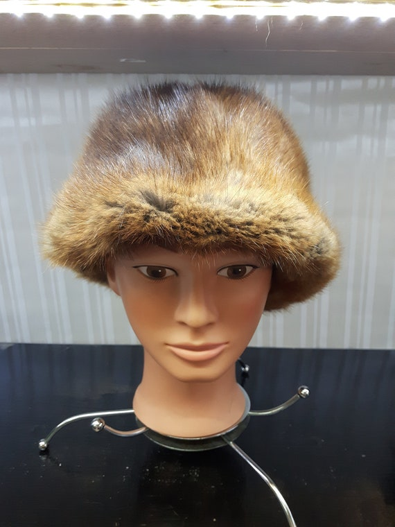 Vintage 1960's Brown Muskrat Fur Hat