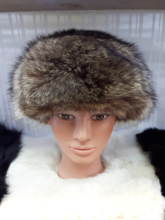 Vintage Lilly Dache 1960's Coyote Fur Hat.
