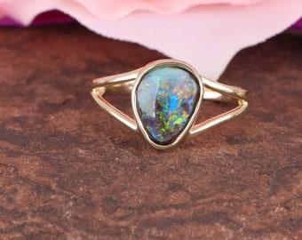 Beautiful double band Opal Ring