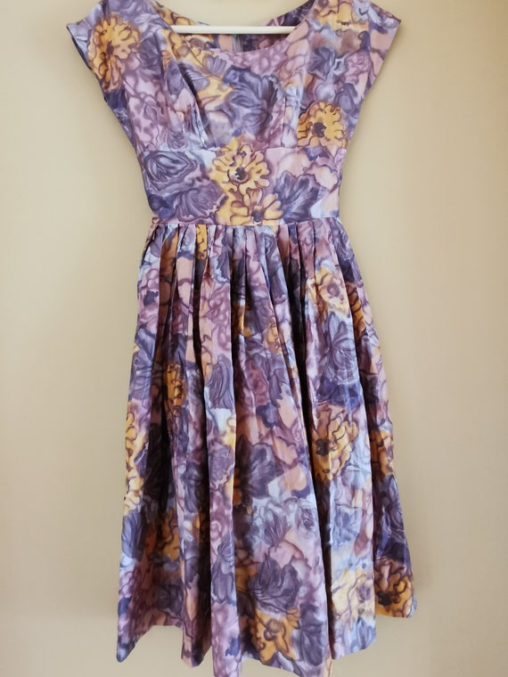 Vintage 1950s floral cotton/silk blend dress fall… - image 4