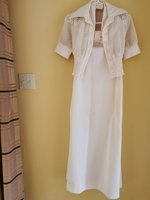 Vintage 70s cream halter top evening gown mother-o
